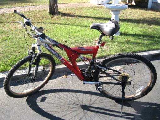 Mongoose Xr 100 Trail Bike 21 Speed 65 Explorite