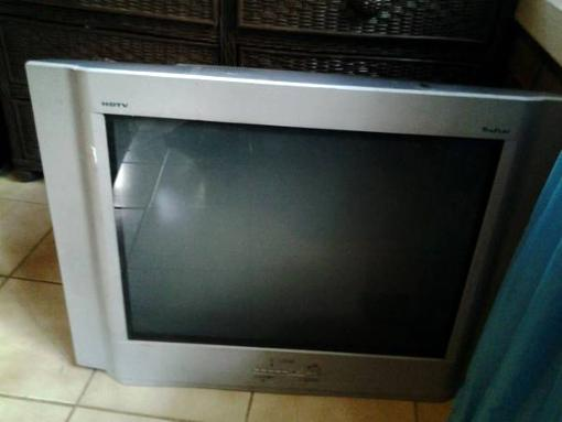 Free totally awesome flatscreen TV 27
