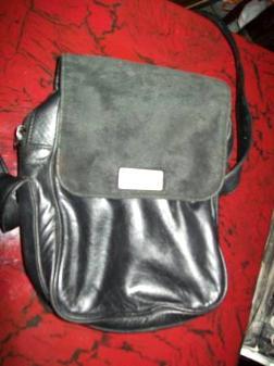 kenneth cole bag blk leather - $25