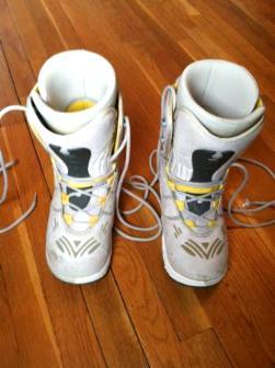 Used Women's Size 9 Burton Zone Strap In Snowboard Boots - $30