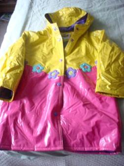 CUTE GIRLS RAINCOAT Great Condition Sz 6X - $3
