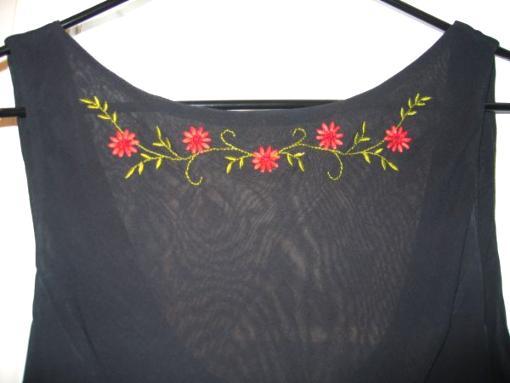 PRETTY DRESS - $10