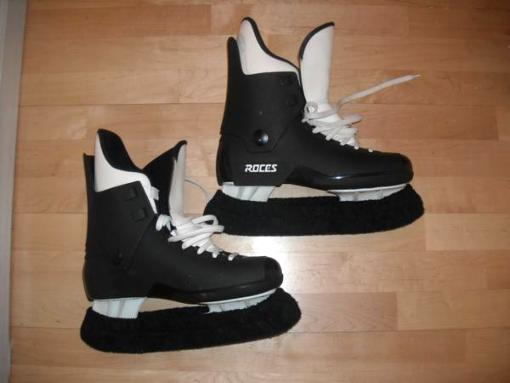 Pair of men's ice skates - Roces brand - Size 9 - $90