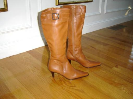 Elegant & Beautiful everyday all leather COACH BOOTS in mint condition - $75