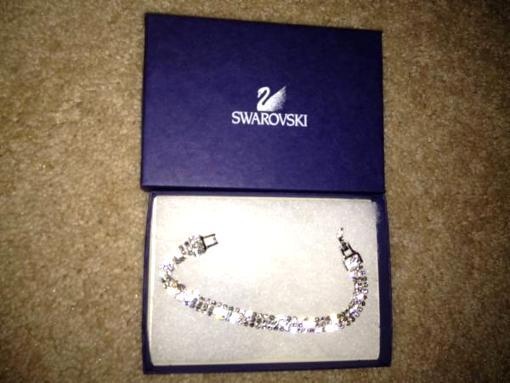 Swarvoski Crystal Bracelet-Never Worn - $80