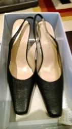 Women shoes size 8,5 - $25
