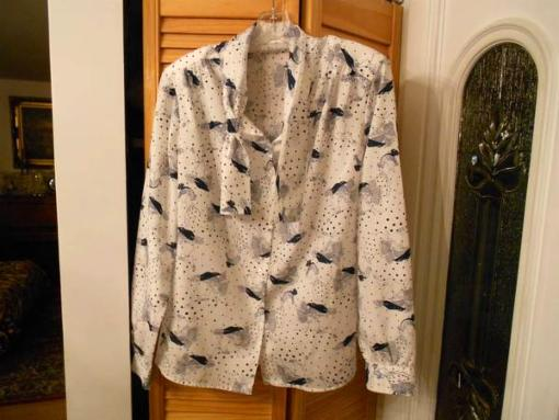 New woman blouse - $5