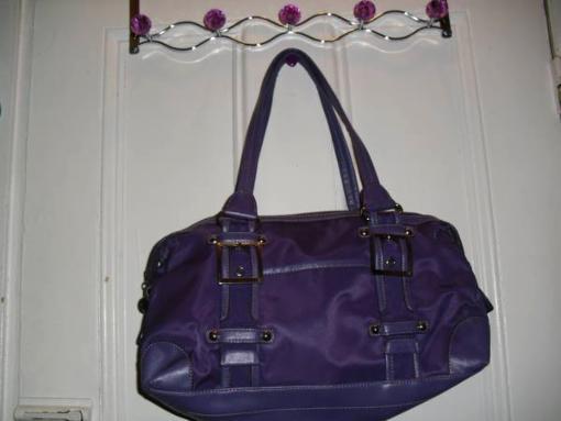purple kathy van zeeland shoulder bag - $15